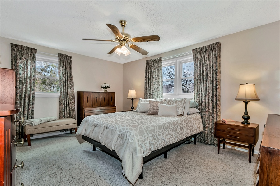 Real Estate Photography - 2500 Turnstone Dr, Wilmington, DE, 19805 - Nicely Sized Serene Master Bedroom