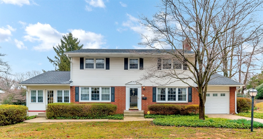 Real Estate Photography - 26 N Cliffe Dr, Wilmington, DE, 19809 - Stunning Curb Appeal!