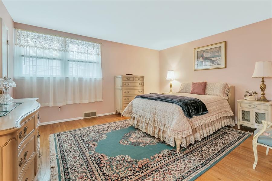 Real Estate Photography - 26 N Cliffe Dr, Wilmington, DE, 19809 - Serene Master Bedroom