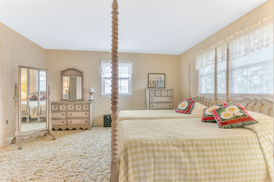 Real Estate Photography - 26 N Cliffe Dr, Wilmington, DE, 19809 - Large Additional Bedroom - Lots Of Windows!