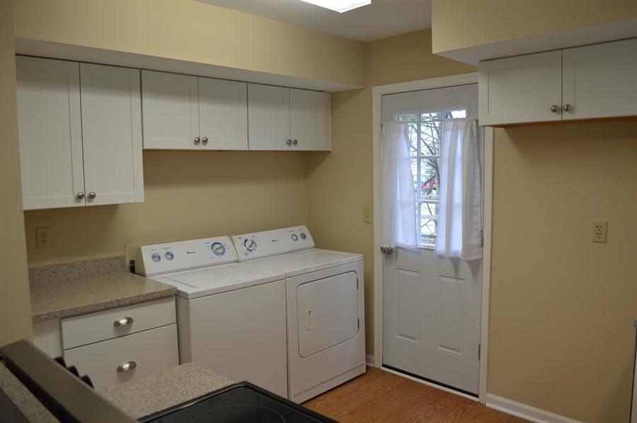 Real Estate Photography - 2 Hampton Ct, Newark, DE, 19702 - Convenient Laundry Area