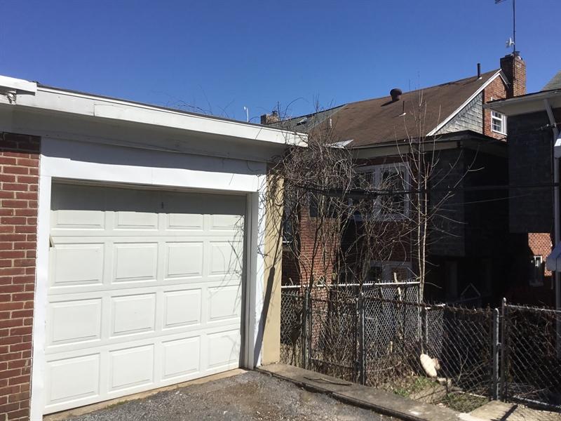 Real Estate Photography - 825 N Harrison St, Wilmington, DE, 19806 - Automatic Door Opener