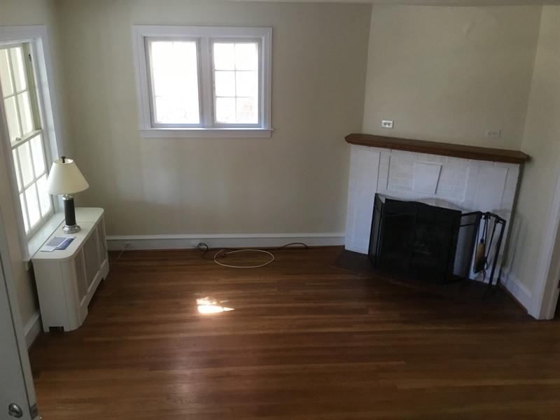 Real Estate Photography - 825 N Harrison St, Wilmington, DE, 19806 - Location 18