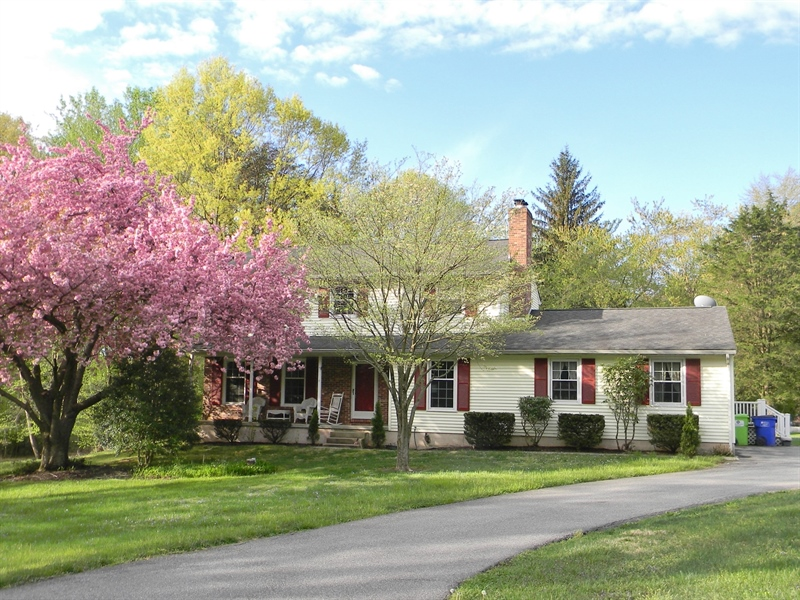Real Estate Photography - 4 N Parkway, Elkton, MD, 21921 - Location 1