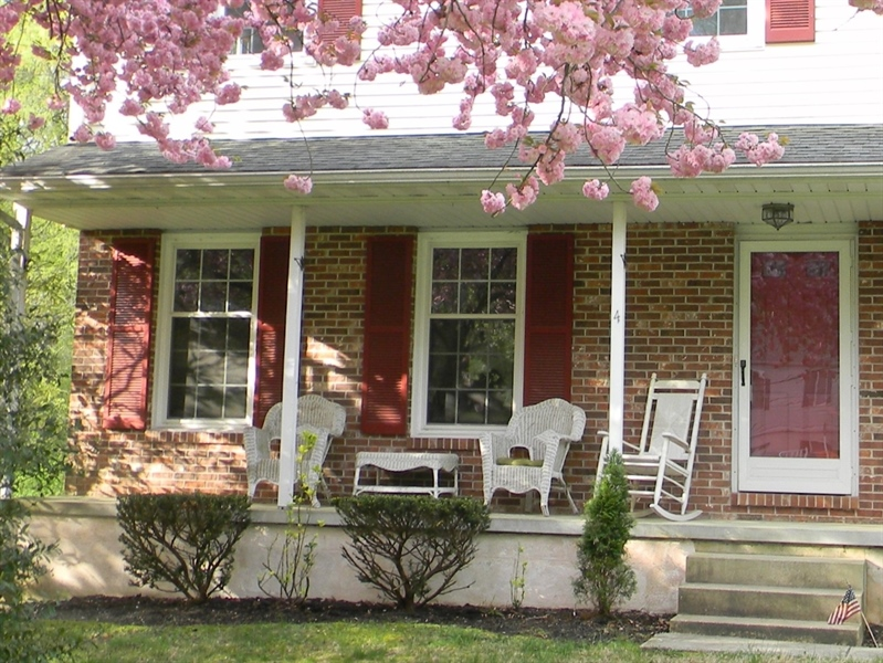 Real Estate Photography - 4 N Parkway, Elkton, MD, 21921 - Rocking Chair Front Porch