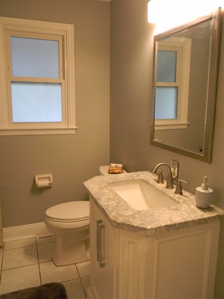 Real Estate Photography - 4 N Parkway, Elkton, MD, 21921 - Powder Room