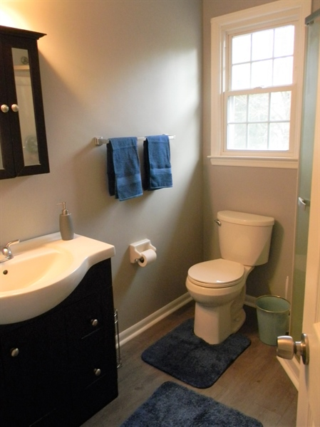 Real Estate Photography - 4 N Parkway, Elkton, MD, 21921 - Master Bath