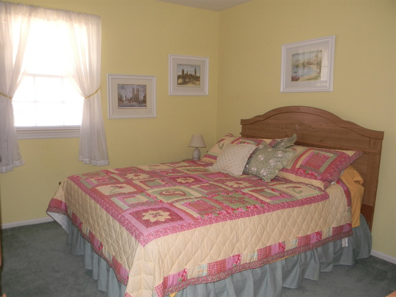Real Estate Photography - 4 N Parkway, Elkton, MD, 21921 - Bedroom 3 - 11 x12