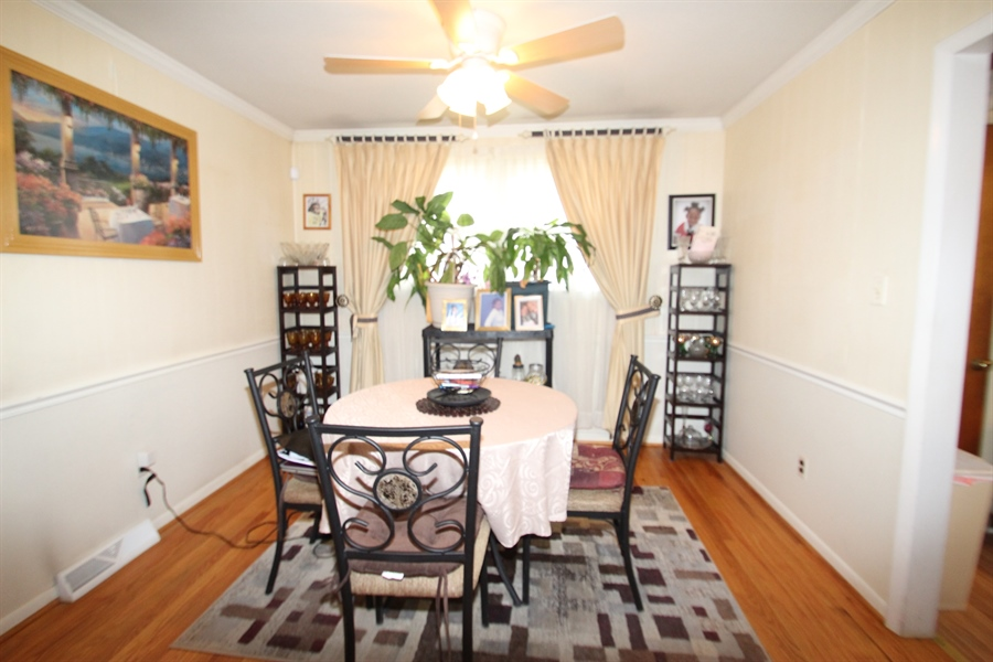 Real Estate Photography - 34 Guenever Dr, New Castle, DE, 19720 - Dining Room