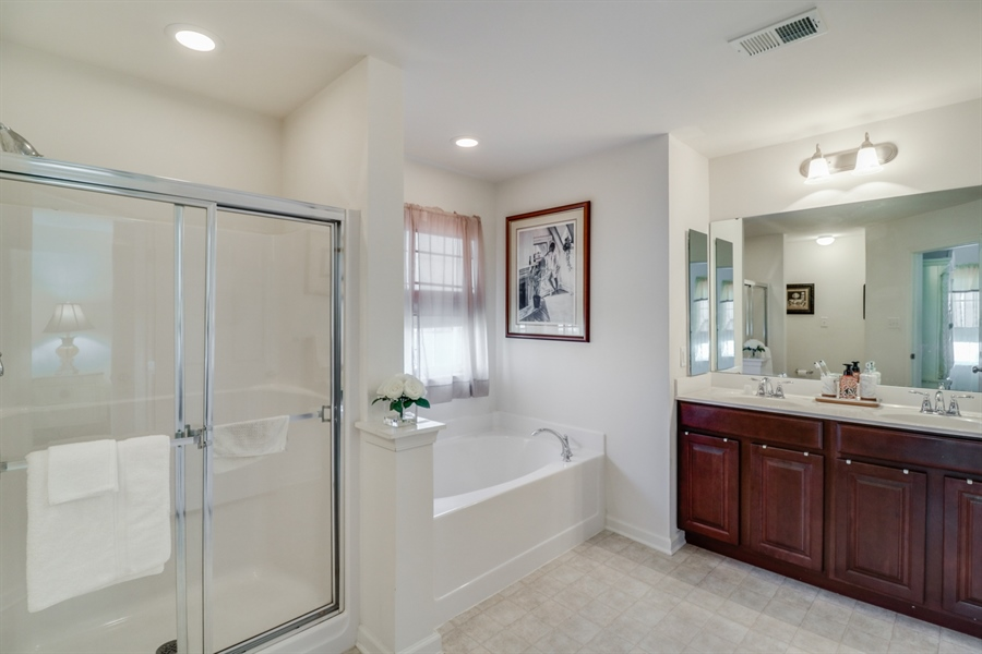 Real Estate Photography - 198 Harvest Grove Trl, Dover, DE, 19901 - Upgraded Main Bathroom
