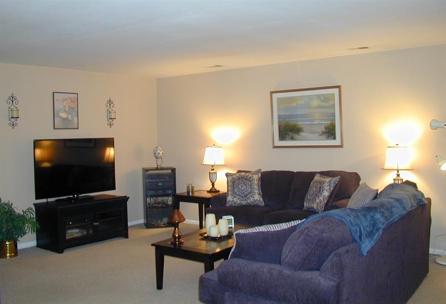 Real Estate Photography - 5036 W Brigantine Ct, Wilmington, DE, 19808 - Spaciuous Living Area