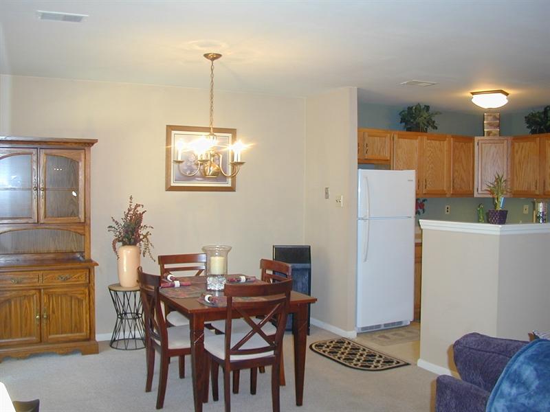 Real Estate Photography - 5036 W Brigantine Ct, Wilmington, DE, 19808 - Spacious Dining Area