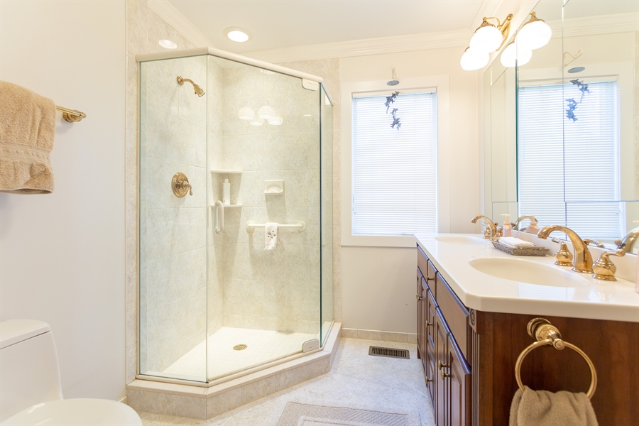 Real Estate Photography - 3804 Valley Brook Dr, Wilmington, DE, 19808 - Main Floor Master Bath