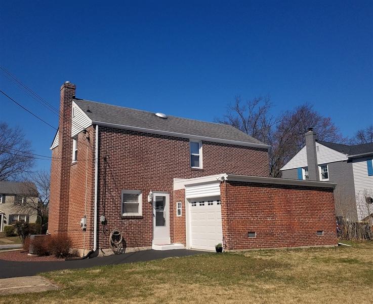 Real Estate Photography - 103 Sandra Rd, Wilmington, DE, 19803 - Rear view of home & backyard
