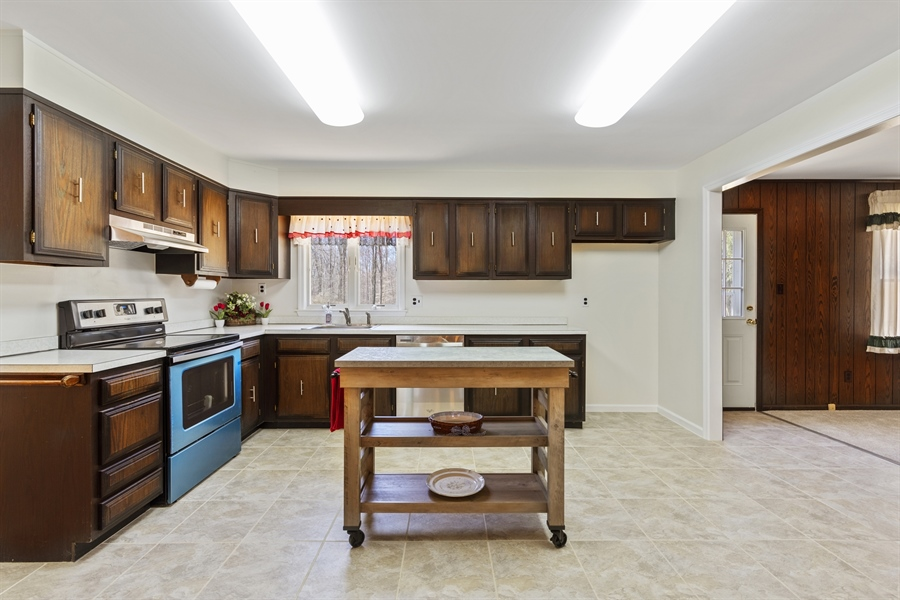 Real Estate Photography - 60 Filbert Ln, Elkton, MD, 21921 - NEW STOVE AND DISHWASHER