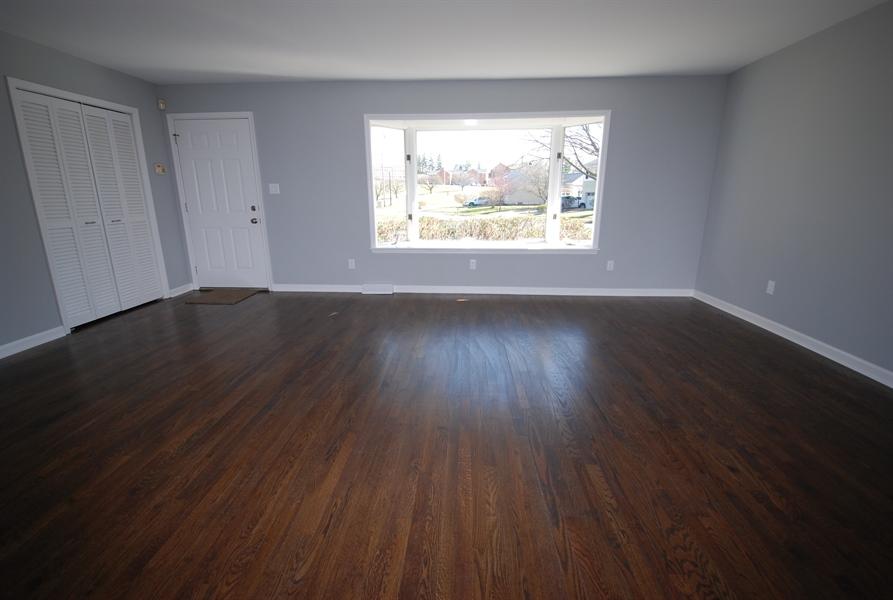 Real Estate Photography - 1001 Wagoner Dr, Wilmington, DE, 19805 - expanded living room