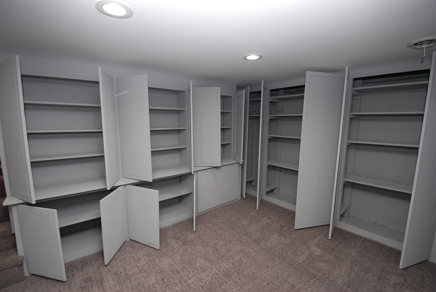 Real Estate Photography - 1001 Wagoner Dr, Wilmington, DE, 19805 - with very well thought through storage space