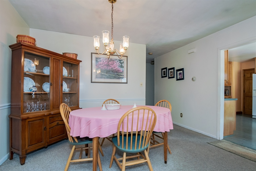 Real Estate Photography - 2415 W Eric Dr, Wilmington, DE, 19808 - Dining room