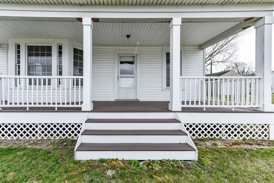 Real Estate Photography - 176 Main St, Warwick, MD, 21912 - Front porch is all maintenance free composite