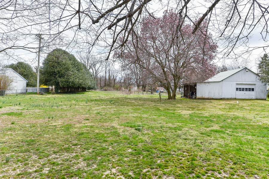 Real Estate Photography - 176 Main St, Warwick, MD, 21912 - Enjoy the FULL acre