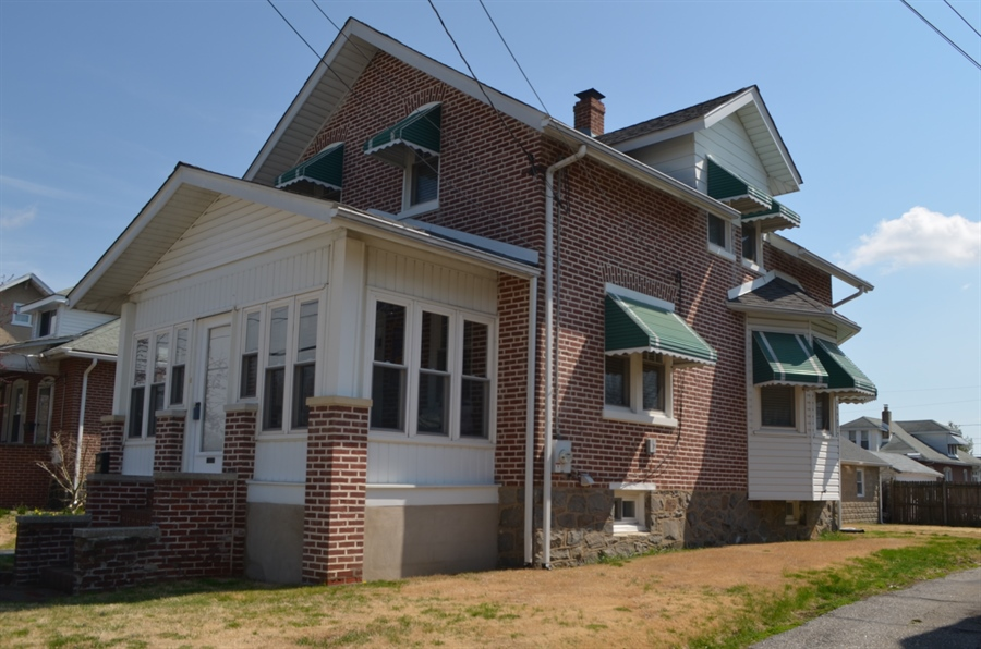 Real Estate Photography - 20 S Cleveland Ave, Wilmington, DE, 19805 - Location 1