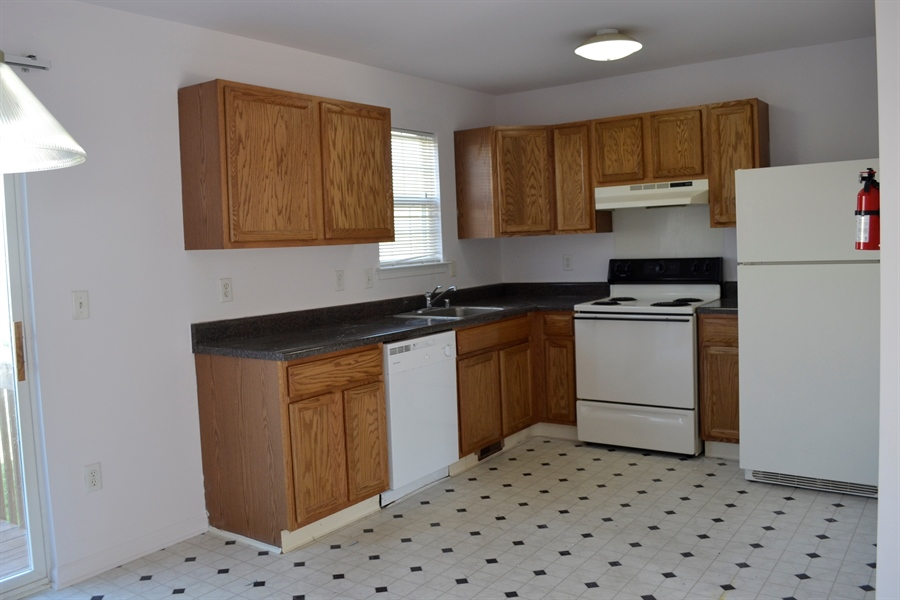 Real Estate Photography - 416 Champs Ln, Middletown, DE, 19709 - Nice Kitchen