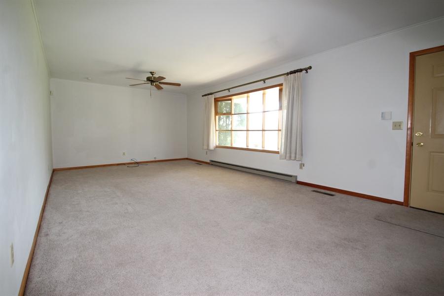 Real Estate Photography - 453 Howell School Rd, Bear, DE, 19701 - Living Room