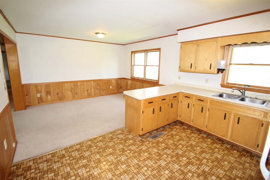 Real Estate Photography - 453 Howell School Rd, Bear, DE, 19701 - Dining Room