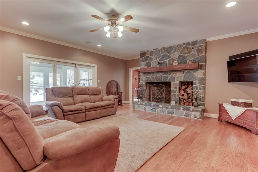 Real Estate Photography - 943 Sills Mill Rd, Kennett Square, PA, 19348 - Location 8