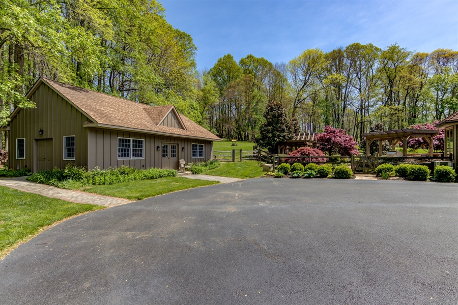 Real Estate Photography - 943 Sills Mill Rd, Kennett Square, PA, 19348 -