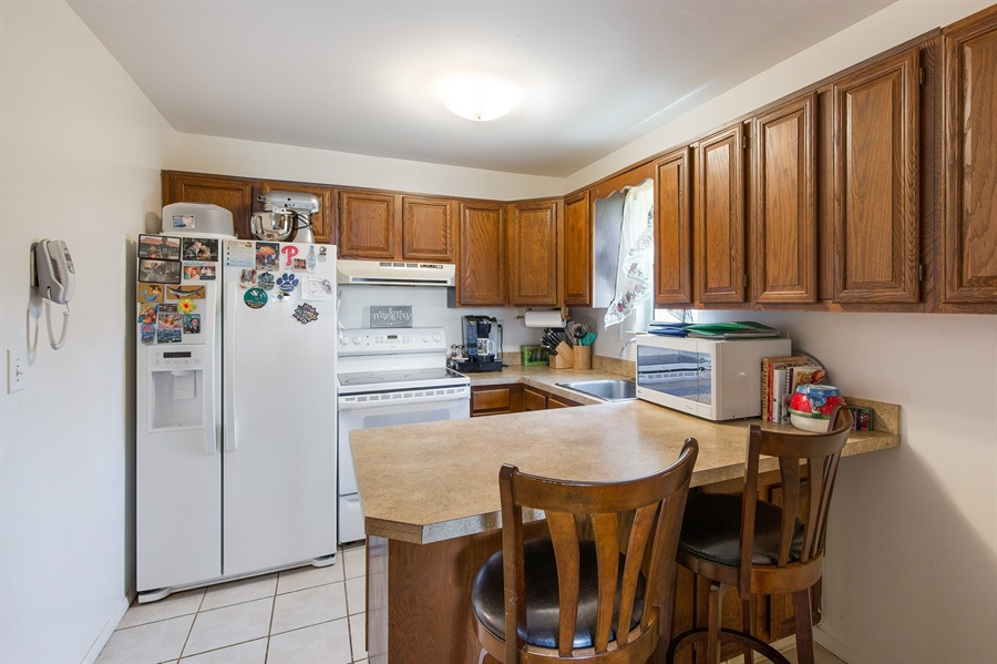 Real Estate Photography - 258 Green Ln, Newark, DE, 19711 - Kitchen w/Lots of Cabinet Space & Eat in Area