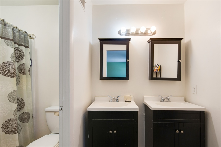 Real Estate Photography - 258 Green Ln, Newark, DE, 19711 - Master Bath w/Double Vanity