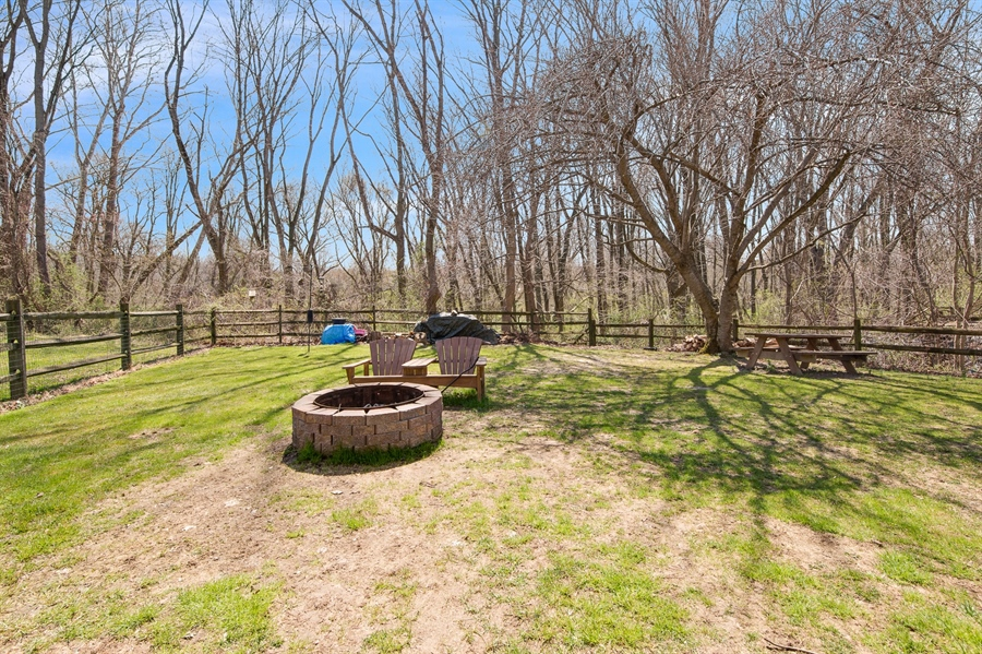Real Estate Photography - 258 Green Ln, Newark, DE, 19711 - Wonderful Private Fenced in Yard Backing to Woods
