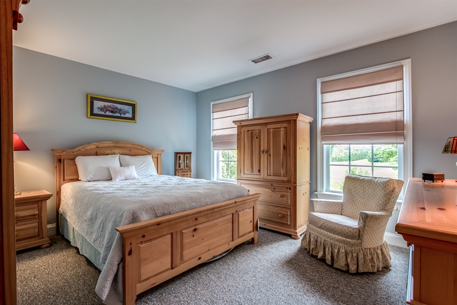 Real Estate Photography - 131 Viburnum Dr, Kennett Square, PA, 19348 - Jack And Jill Bedroom
