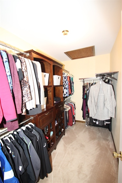 Real Estate Photography - 131 W Mill Station Dr, Newark, DE, 19711 - Master Walk-in Closet