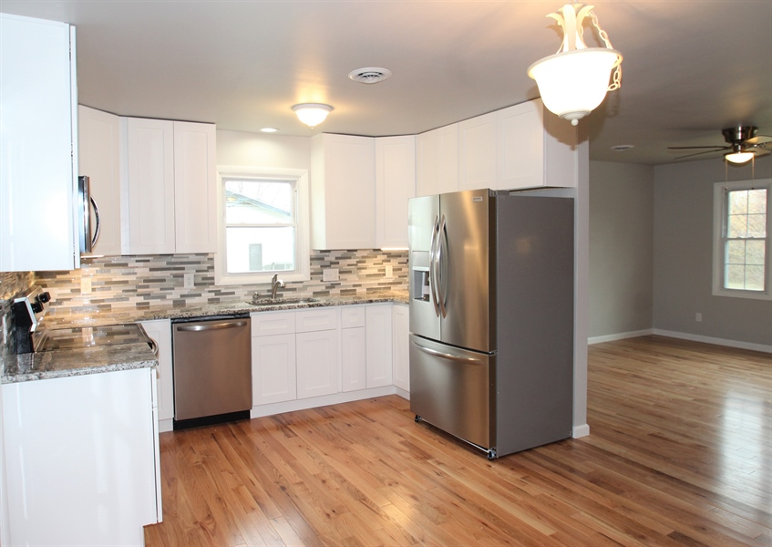Real Estate Photography - 681 Augustine Herman Hwy, Elkton, MD, 21921 - Kitchen