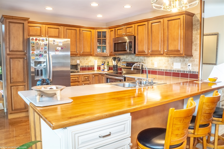 Real Estate Photography - 25 N Rosemont Cir, Elkton, MD, 21921 - HIGH QUALITY KITCHEN