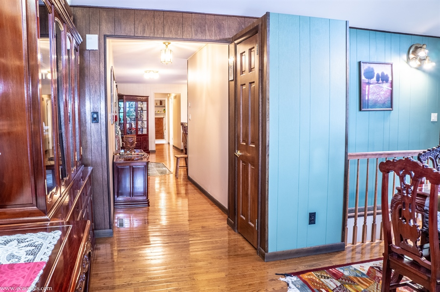 Real Estate Photography - 25 N Rosemont Cir, Elkton, MD, 21921 - HALL/ENTRY