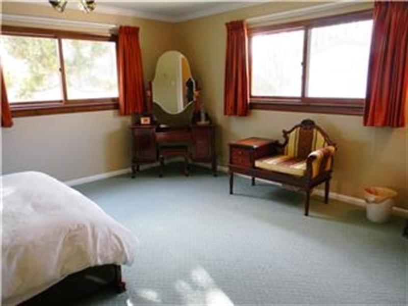 Real Estate Photography - 25 N Rosemont Cir, Elkton, MD, 21921 - MASTER BEDROOM
