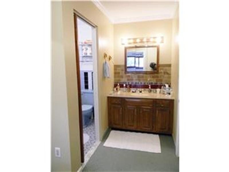 Real Estate Photography - 25 N Rosemont Cir, Elkton, MD, 21921 - MASTER BEDROOM DRESSING AREA