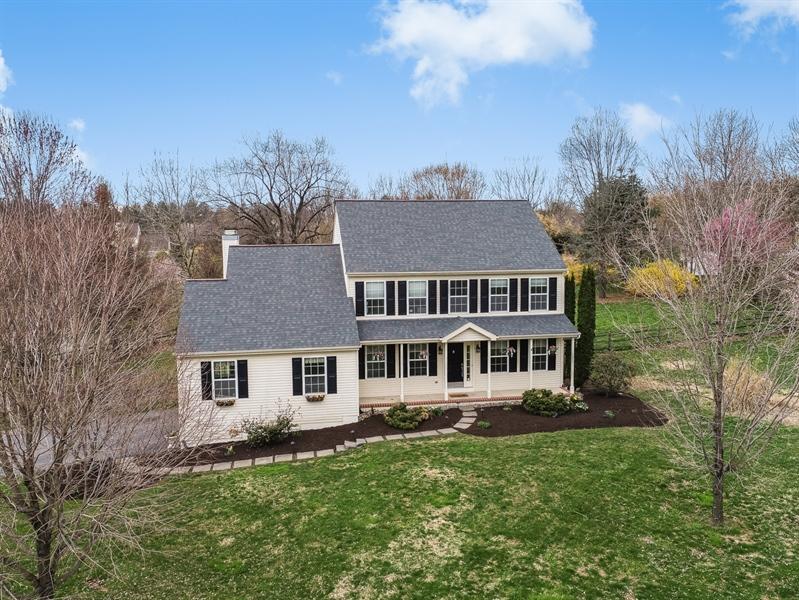 Real Estate Photography - 10 E Hunter Creek Ln, West Grove, PA, 19390 - Location 1