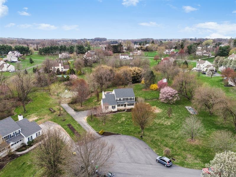 Real Estate Photography - 10 E Hunter Creek Ln, West Grove, PA, 19390 - Location 3