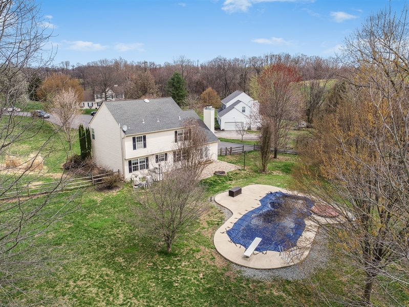 Real Estate Photography - 10 E Hunter Creek Ln, West Grove, PA, 19390 - Location 5