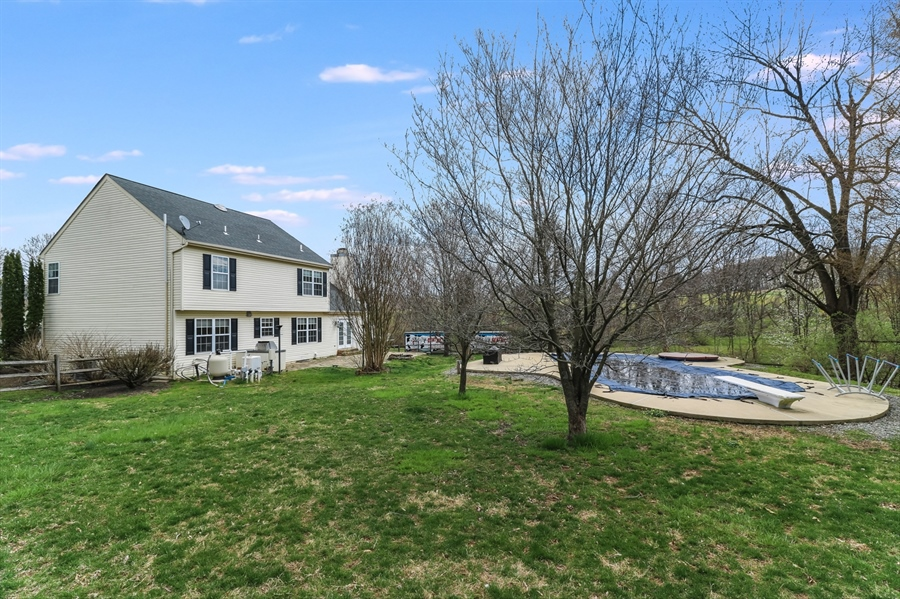 Real Estate Photography - 10 E Hunter Creek Ln, West Grove, PA, 19390 -