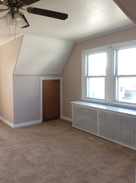 Real Estate Photography - 2000 Lincoln Ave, Wilmington, DE, 19809 - Master bedroom