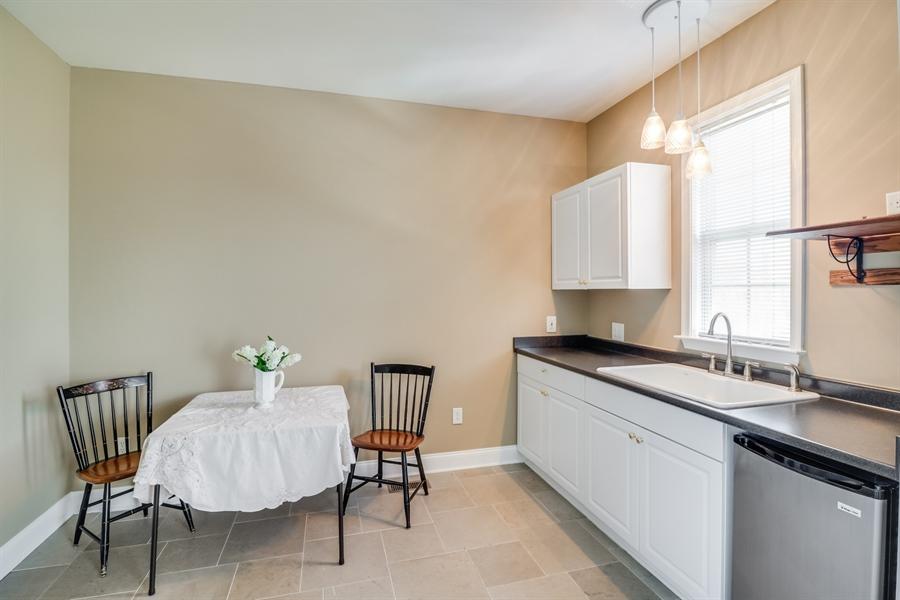 Real Estate Photography - 322 Ellenwood Dr, Middletown, DE, 19709 - Apartment kitchen