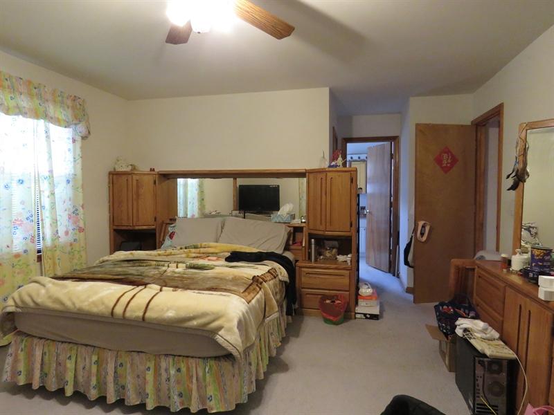 Real Estate Photography - 14 Springwood Dr, Dover, DE, 19904 - Large Master Bedroom