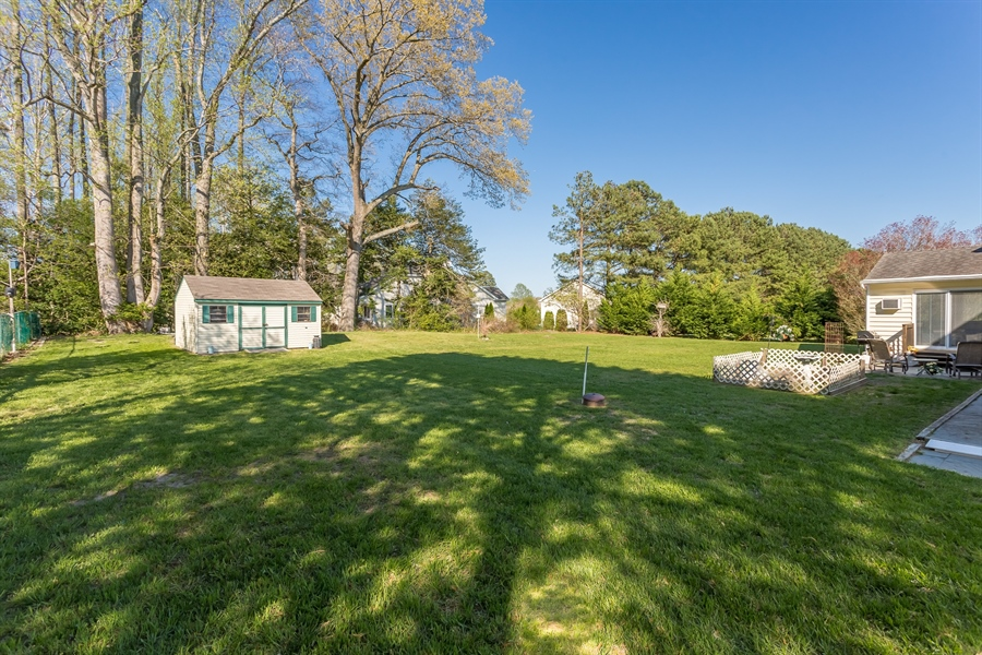 Real Estate Photography - 32492 Mariners Way, Millsboro, DE, 19966 - Irrigated Lawn