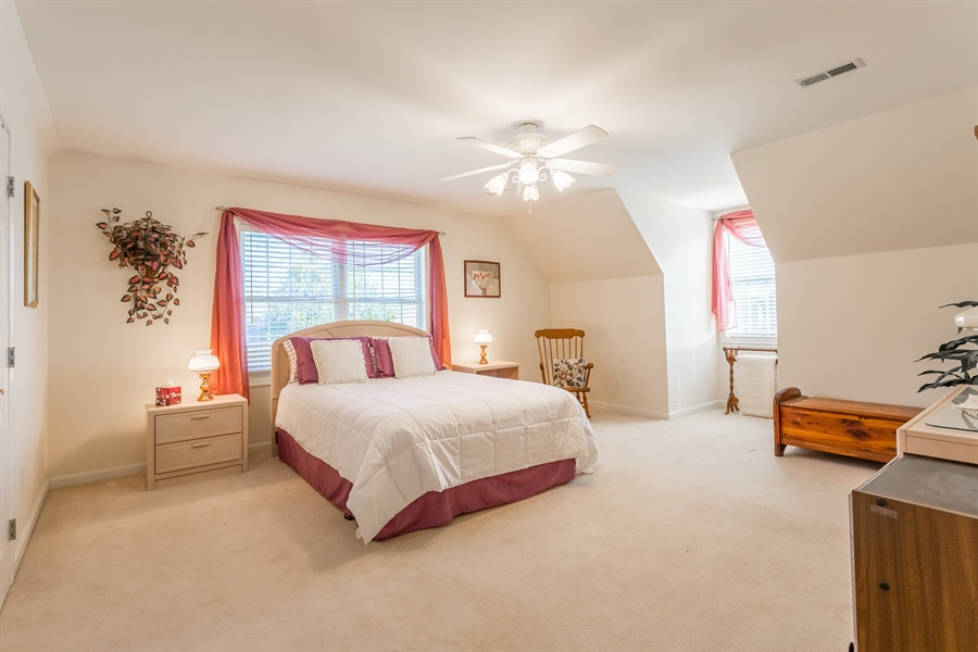 Real Estate Photography - 32492 Mariners Way, Millsboro, DE, 19966 - Large second floor guest room