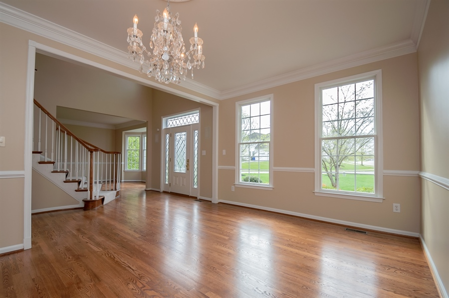 Real Estate Photography - 420 Nattull Dr, Bear, DE, 19701 - Formal Dining Room w/Crown Molding & Chair Rail